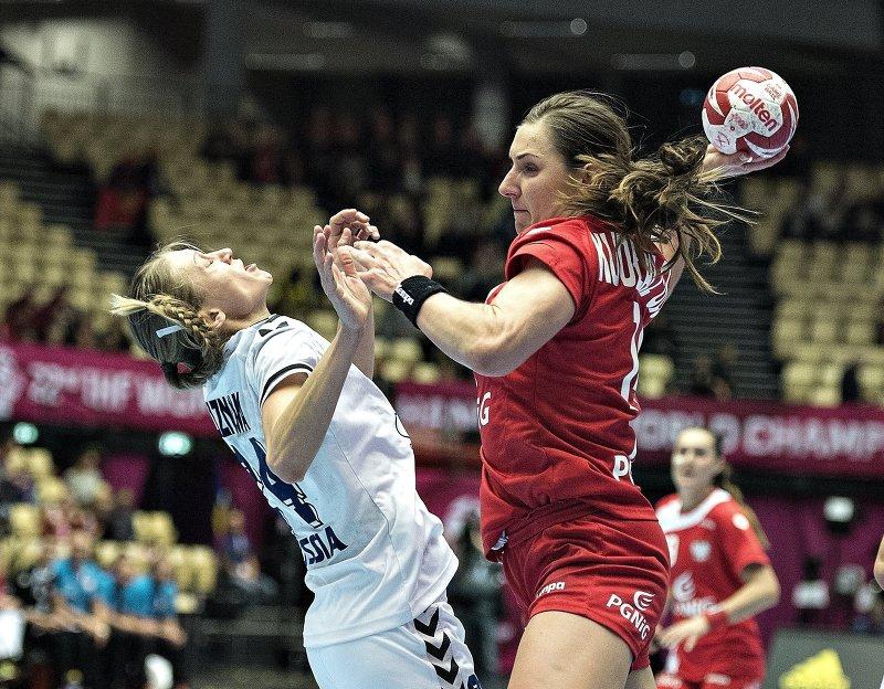 Квалификационный турнир по гандболу среди женских команд